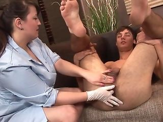 Lush nurse visits will not hear of masculine patient for assfuck exam best porn
