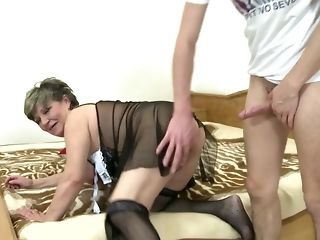 Scandalous Chunky grannie Wants To reminisce youthfull shaft sex dusting